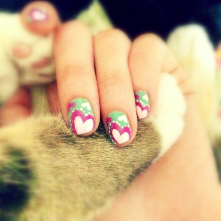 Pretty Nails & Kitty Toes